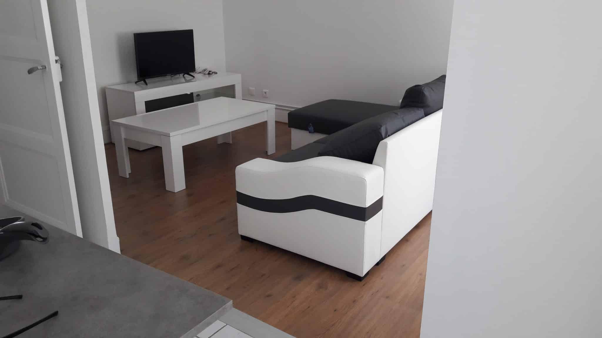 l 39 quipement mobilier le pr alable la location meubl e jto expertise. Black Bedroom Furniture Sets. Home Design Ideas